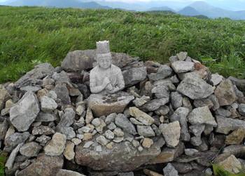10武石嶺石像.jpg