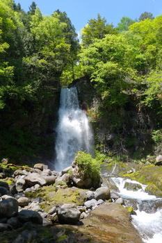 2a尾の島の滝.jpg
