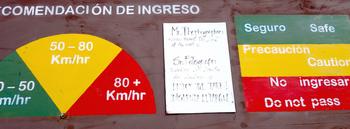 4-11標識1 のコピー.jpg